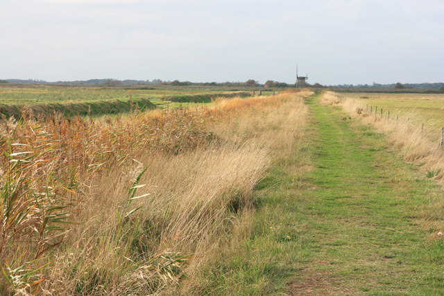Footpath to Brograve mill