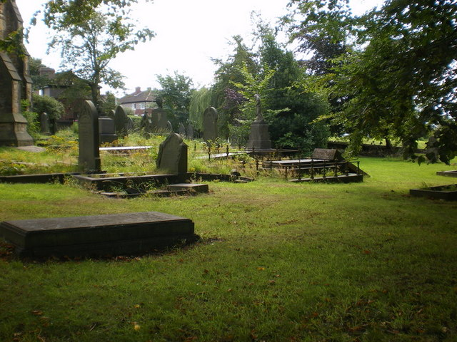The Parish Church of St Mary the Blessed Virgin, Gomersal, Graveyard