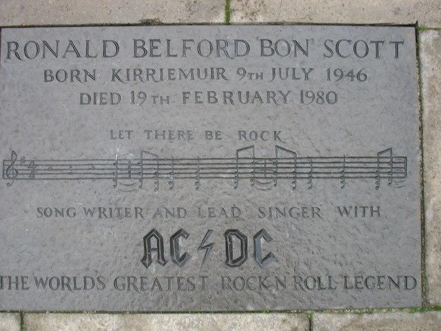 Kirriemuir plaques no. 4 - R B 'Bon' Scott