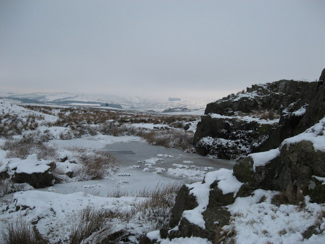 Sarelaw Crag in the snow