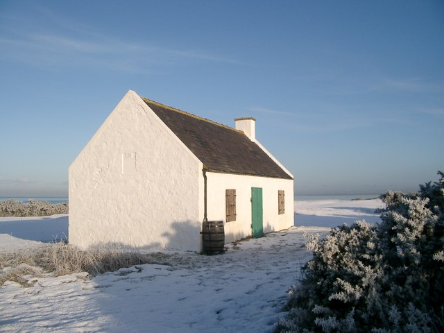 Fisherman's bothy, by Nairn Golf Course in winter