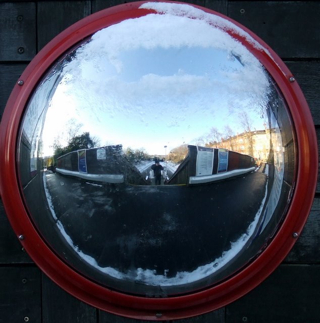 Mirror at Pollokshields West railway station