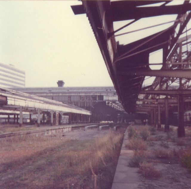 Snow Hill Station (platforms 8 and 6)
