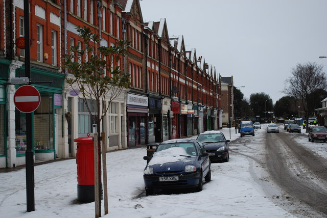 Thorpe Bay Broadway in the snow