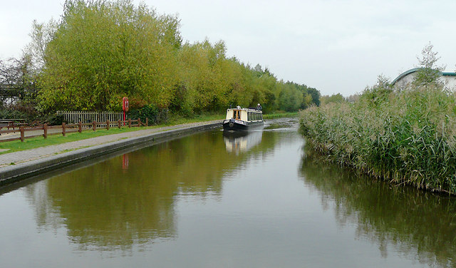Trent and Mersey Canal at Stretton, Staffordshire