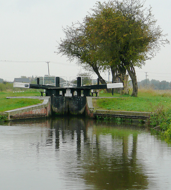 Branston Lock, Trent and Mersey Canal, Staffordshire