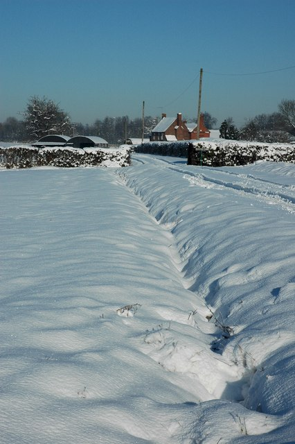 Snow covered drive to Dunstall Farm