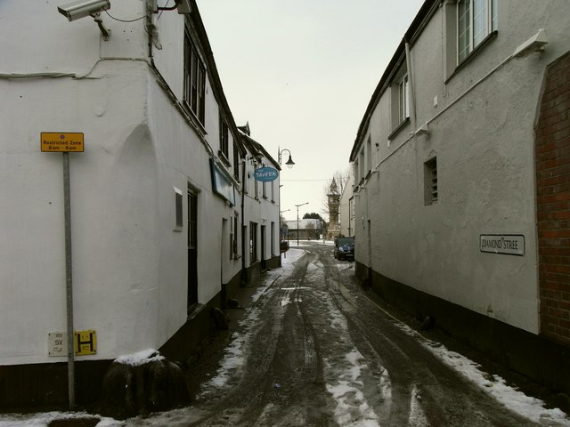 Diamond Street leading towards The Square