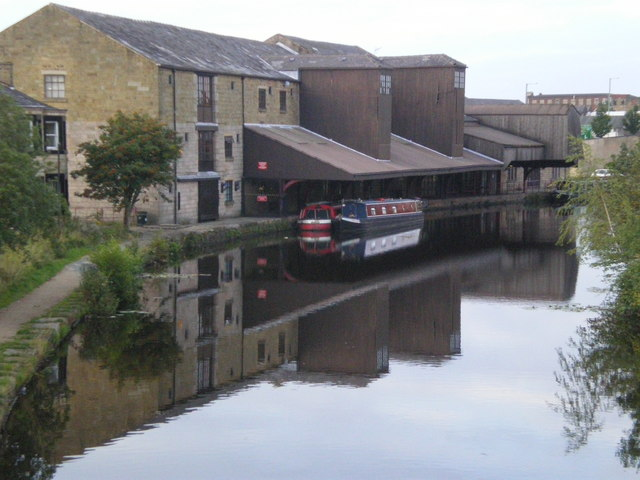 Eanam Canal Wharf Blackburn