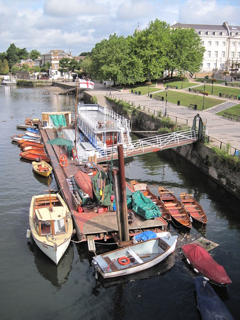 Boats for hire at Richmond