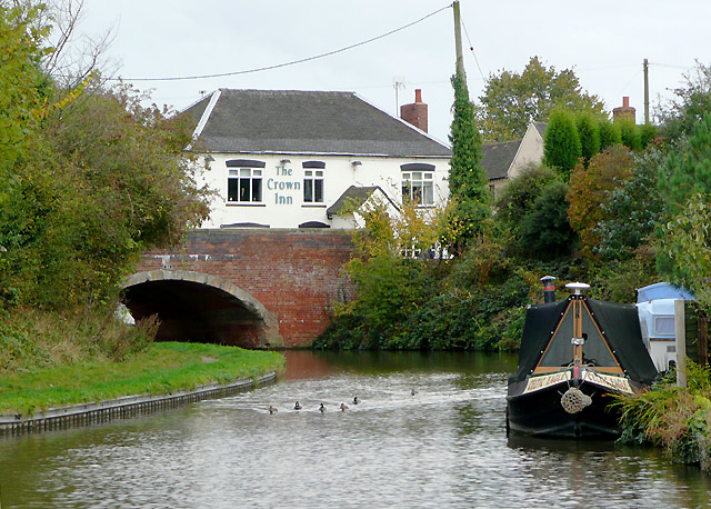 Bridge No 58 and the Crown Inn at Handsacre, Staffordshire