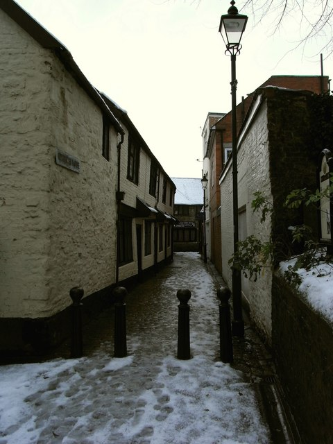 Church Lane leading away from Paternoster Row