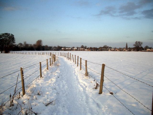 Footpath to Crowmarsh