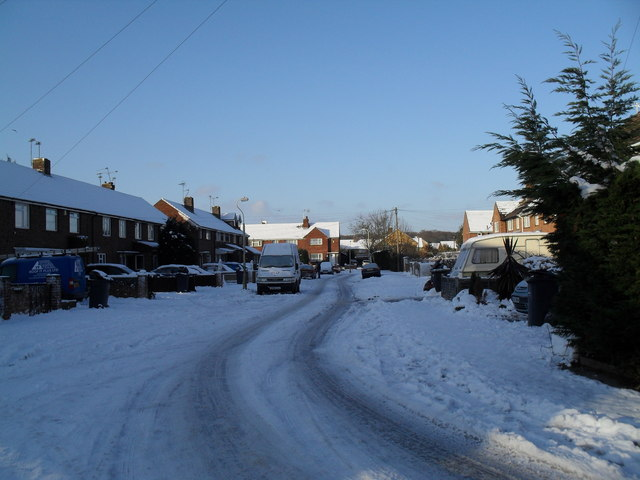 Bottom end of Bransgore Avenue