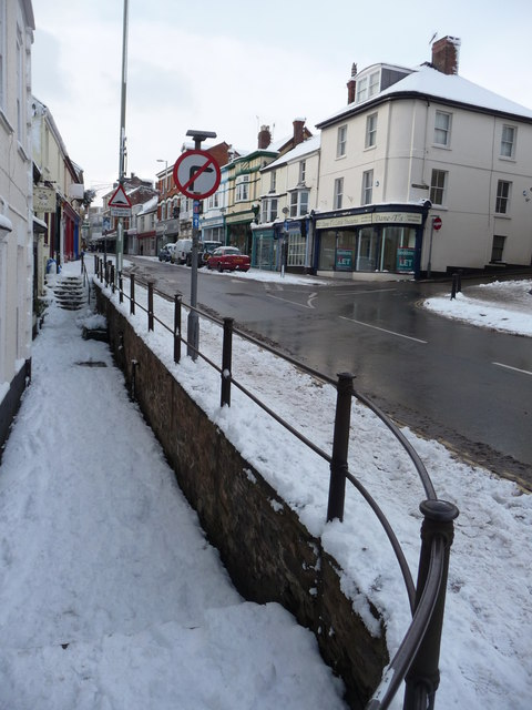 Tiverton : Gold Street