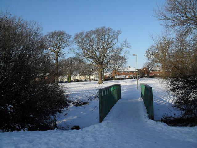 Looking back from the footbridge towards Riders Lane