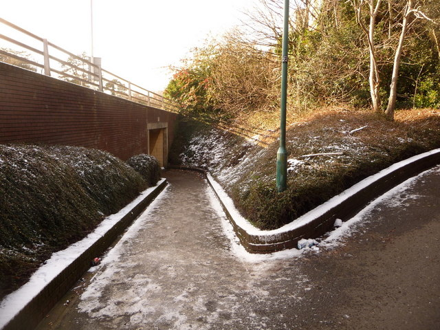 Bournemouth: footpath C12 to the Madeira Road subway