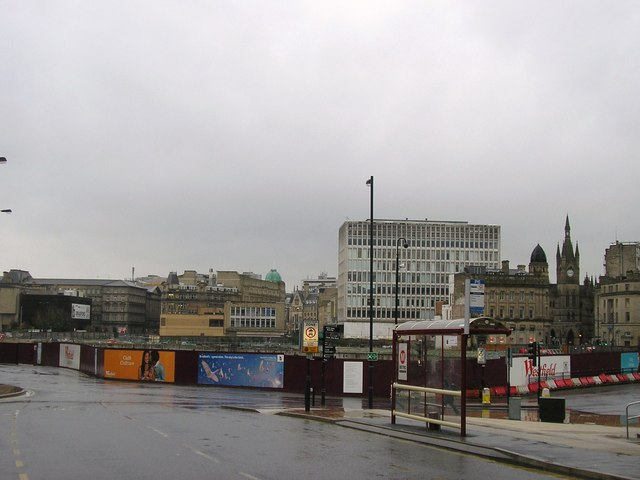 Hole in The Ground, Bradford