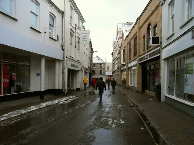 Joy Street facing the High Street