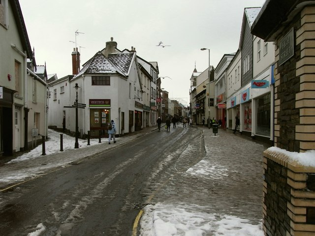 The High Street facing south