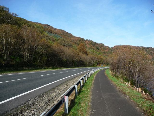Cycle path alongside the A82