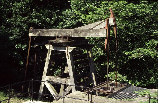 Melingriffith waterwheel powered pump