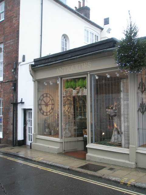 Antiquities in Arundel town centre