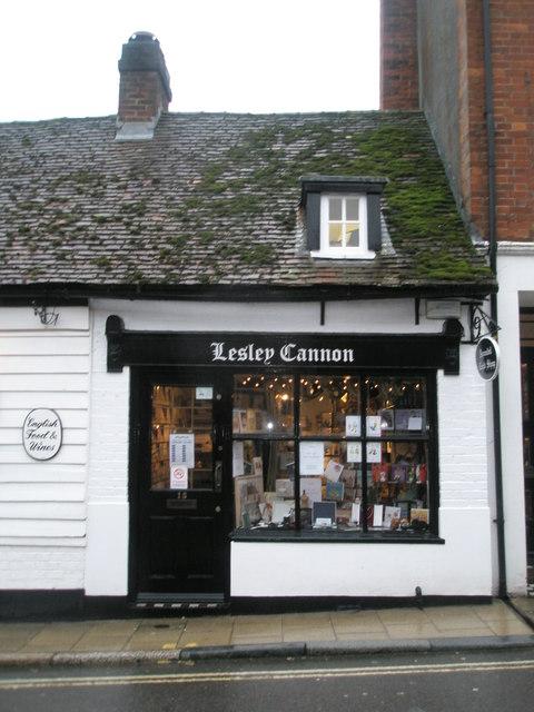 Lesley Cannon in Tarrant Street