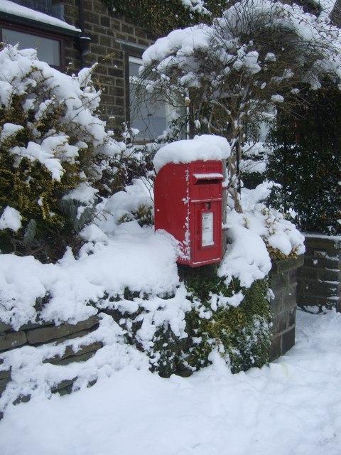 Post Box, Longlands Road, Slaithwaite