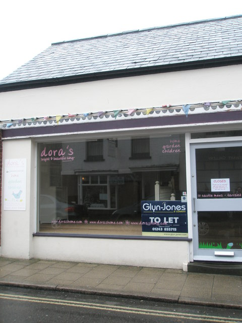 Shop to let in Tarrant Street