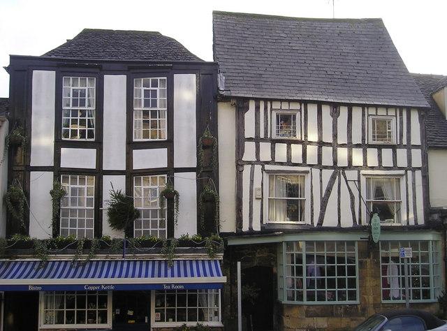Higgledy-Piggledy Buildings, Burford