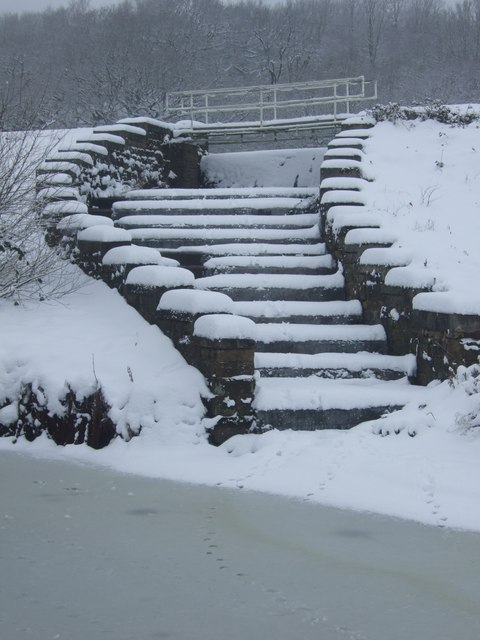 Sluice steps at Sparth Reservoir, Marsden