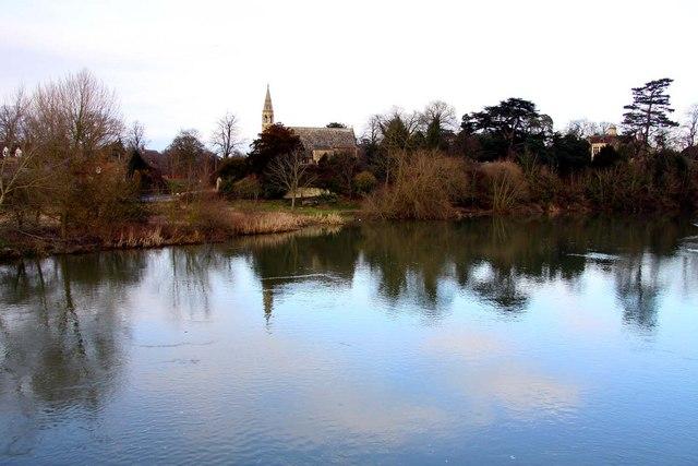 The River Thames at Clifton Hampden