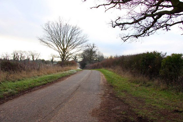 The road to Burcot