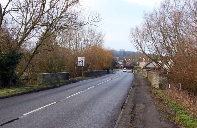 The B480 at Chiselhampton
