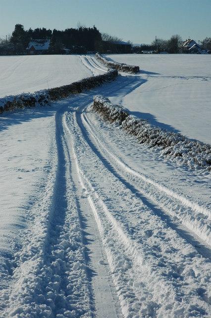 Farm track to Kinnersley
