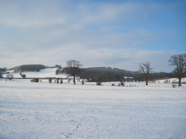 Hill towards Garth in the snow