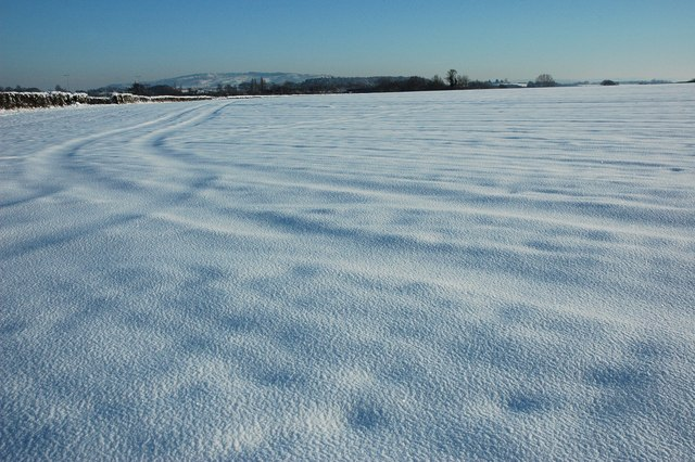 Snow covered farmland, Kinnersley