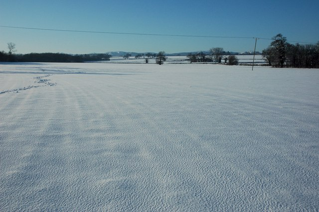 Snow covered land, Kinnersley