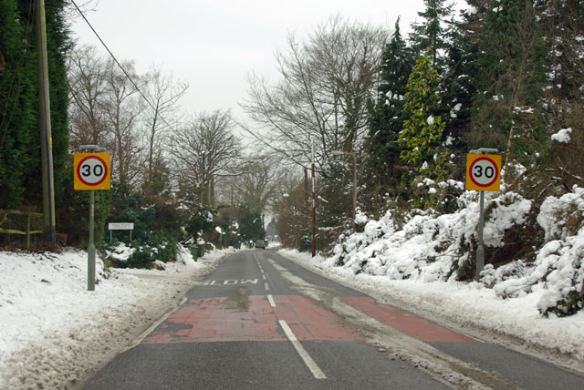 Entering Horsham, Forest Road