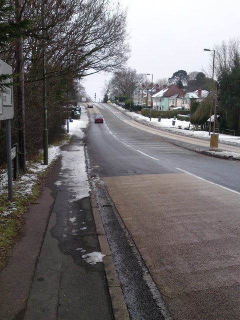 Looking  South up A27 Oak Hill  from Portsmouth Road Junction