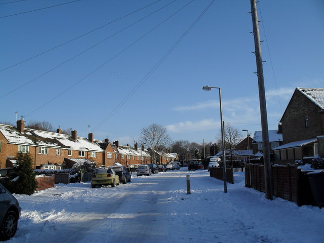 Clear blue skies in High Lawn Way