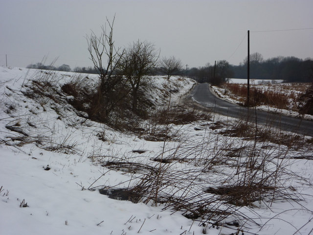 By the lane to Aldham in winter conditions