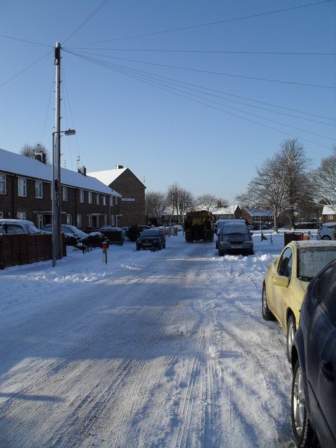Freshly gritted road in High Lawn Way