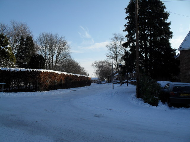 Looking from a snowy High Lawn Way towards Broadmere Avenue