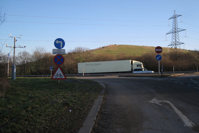 Junction of a minor road with the A38 (T)