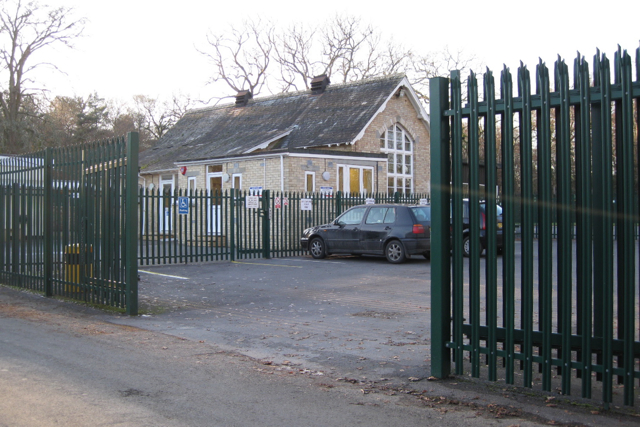 Moor View Primary School and car park