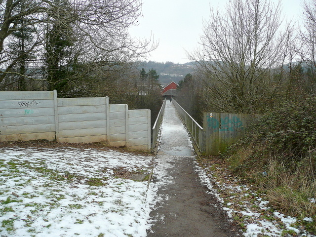 Footbridge over the M4