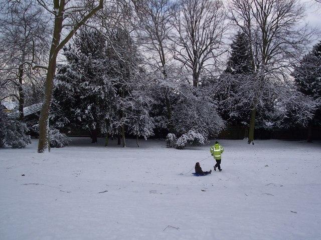 Snow Fun in Gillingham Park