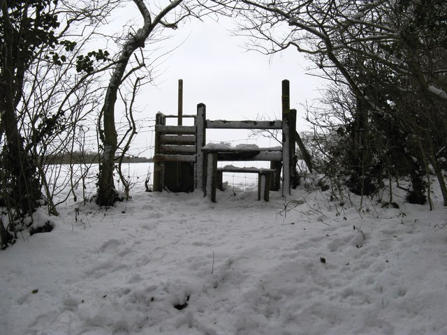 Stile at the corner of Nore Wood